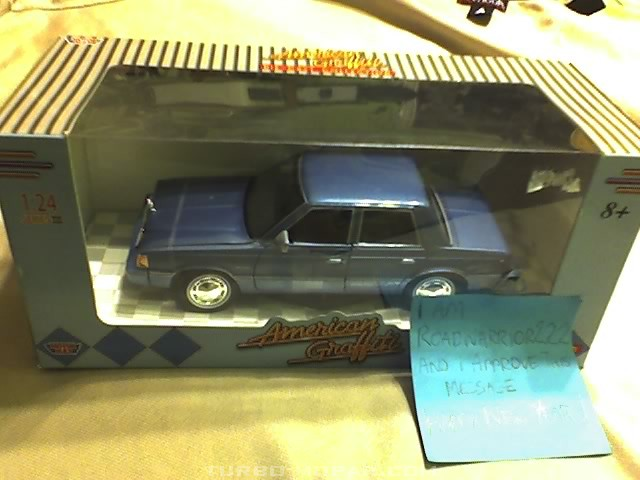 MotorMax 1:24 Plymouth Reliant