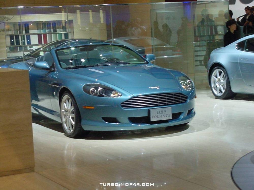 2006_Aston_Martin_DB9_Volante_Convertible