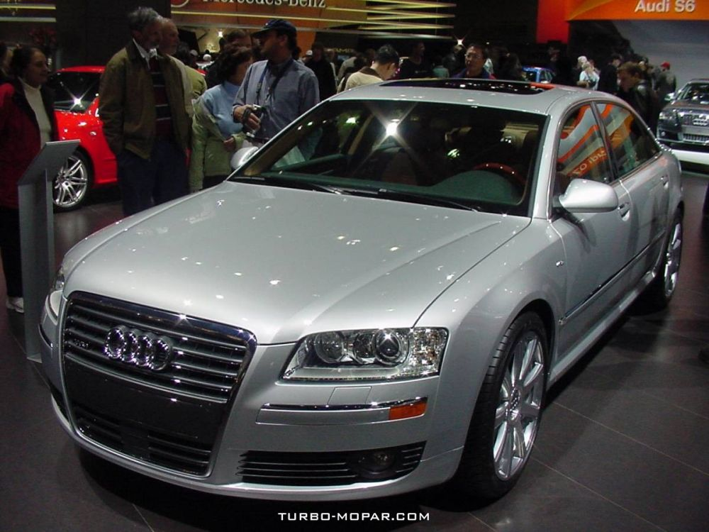 2006_Audi_A8L_with_6_0L_W12