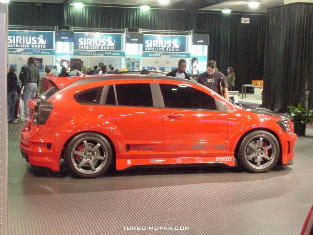 Mopar_Performance_Dodge_Caliber_Concept_Rallye-passenger_side_view
