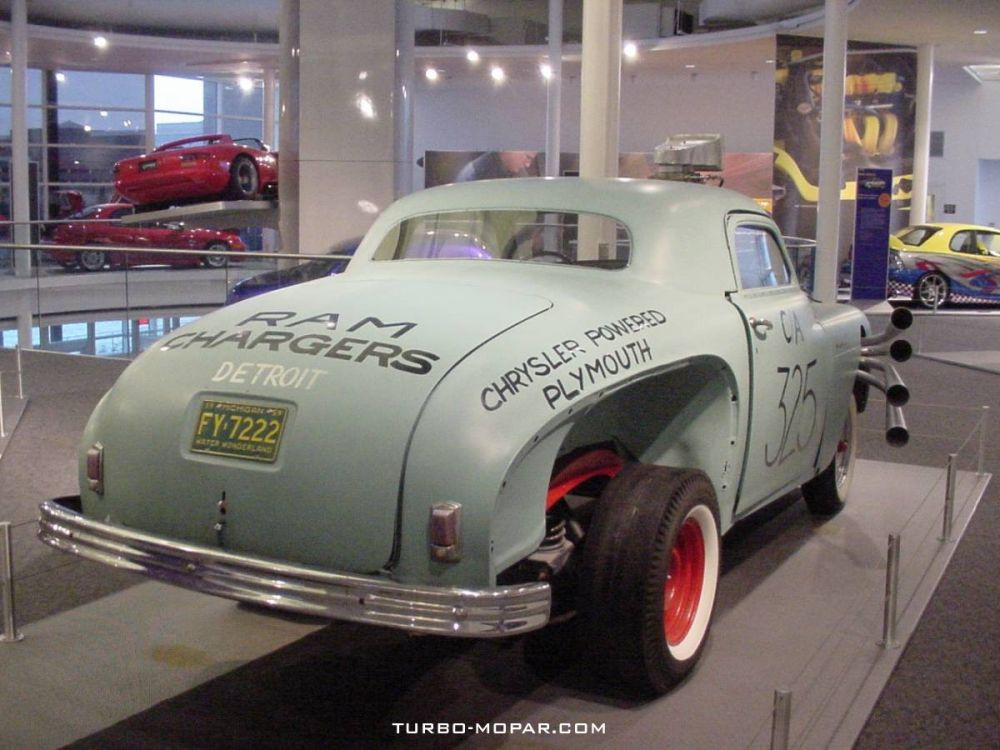 1949_Plymouth_High_and_Mighty_Replica-rear_view