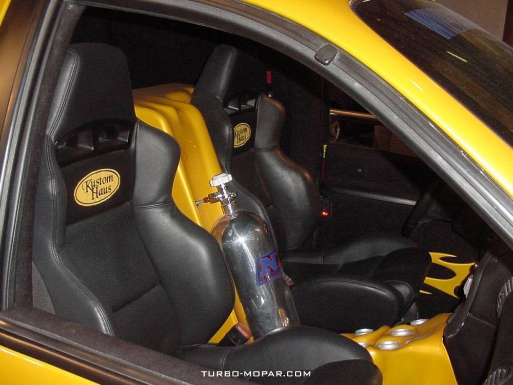 Dodge_Caravan_Custom-interior_front